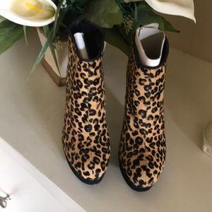 Aldo size 7 high heel booties